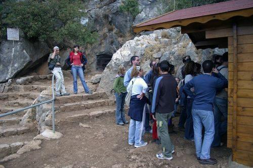 Экскурсия в пещеры и замки Андалусии