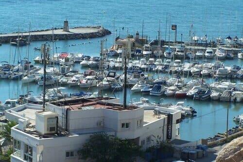 Спортивный порт Кандадо Малага Коста дель соль Испания