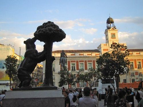 Пуэрто дель Соль Испания символ Мадрида