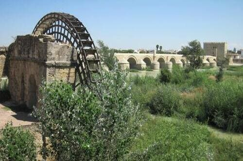 Мельницы на реке Гвадалквивир