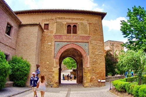 Винные ворота Альгамбра экскурсия по Альгамбре Гранада