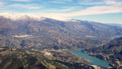 Воздушная экскурсия на вертолете над Сьерра Альпухара и Коста Тропикаль