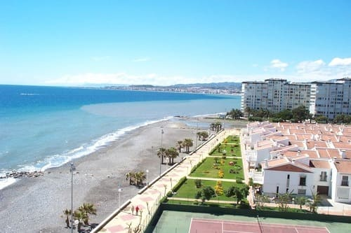 Пляжный отдых в Испании на Коста дель Соль Альгарробо