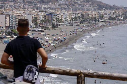 Пляжный отдых в Испании на Коста дель Соль на курорте Ринкон де ла Виктория