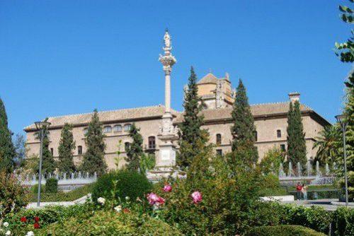 Площадь Триумфа Гранада