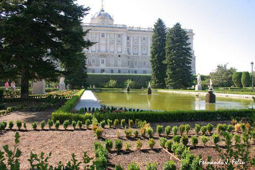 Северный фасад Королевского дворца Мадрида